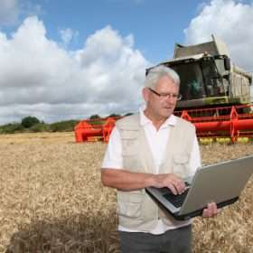Compras en línea, una opción para que agricultores, acuicultores y ganaderos se abastezcan de insumos